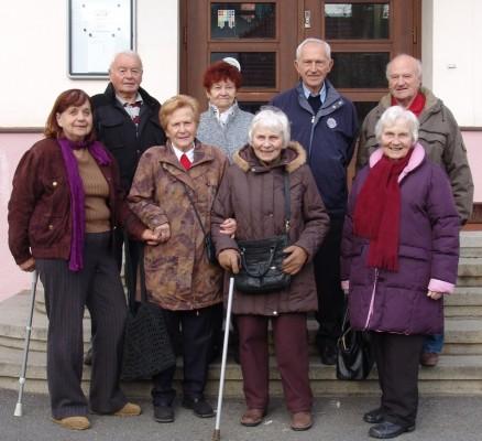 Setkání spolužáků po 75 letech ve středu 4. listopadu 2015